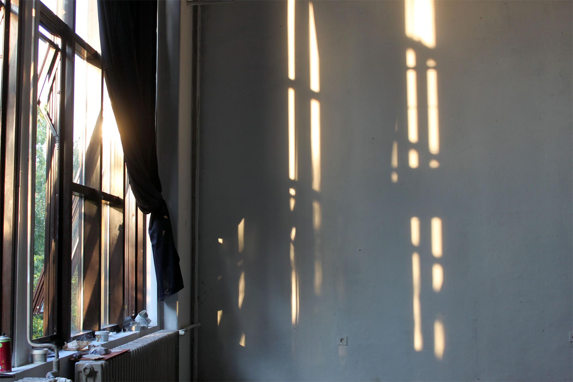 studio_sm_0011_sunshine_in_the_studio